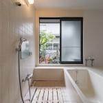 1階お風呂もユニット式に新規交換済み。(風呂)